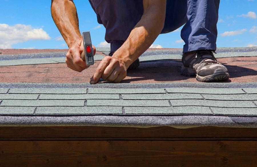 Roof repairin Arlington TX